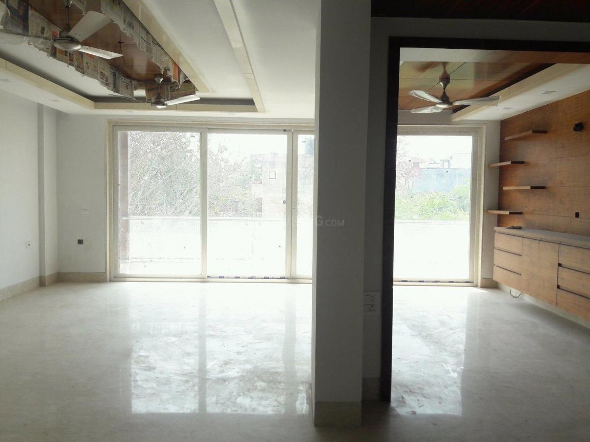 Radhika Floors 3
