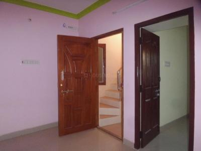 Gallery Cover Image of 460 Sq.ft 1 BHK Independent Floor for rent in Ayappakkam for 6000