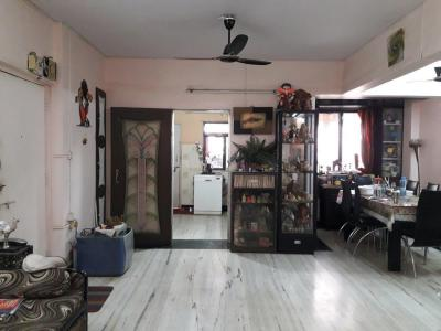 Gallery Cover Image of 1800 Sq.ft 3 BHK Apartment for buy in Kalyan West for 11000000