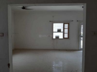 Gallery Cover Image of 1300 Sq.ft 2 BHK Apartment for rent in Gangana for 11000
