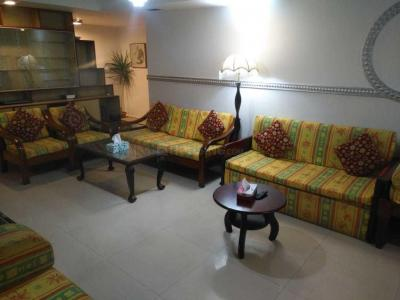 Gallery Cover Image of 1450 Sq.ft 2 BHK Apartment for rent in Richmond Town for 55000