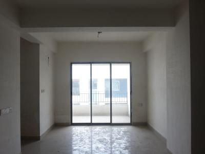 Gallery Cover Image of 1666 Sq.ft 3 BHK Apartment for rent in Rohra Heights, New Town for 18000