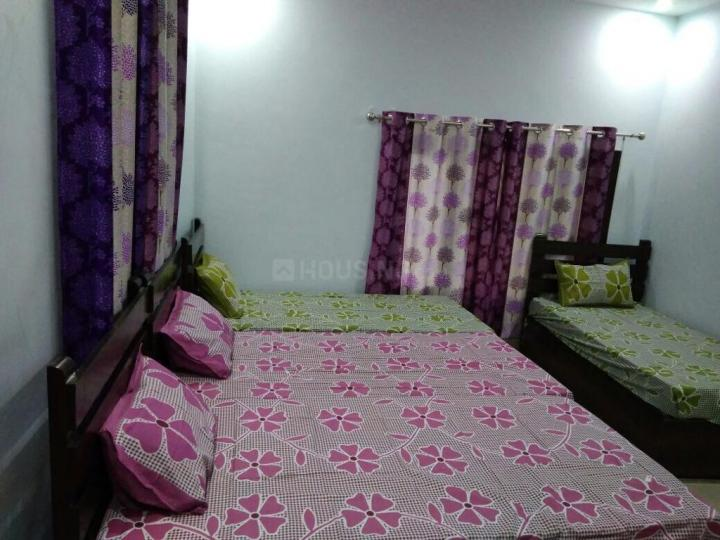 Bedroom Image of Rohit PG in Sector 17