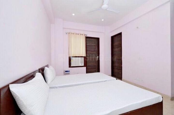 सुशांत लोक आई में द सफेहोउसे पीजी के बेडरूम की तस्वीर