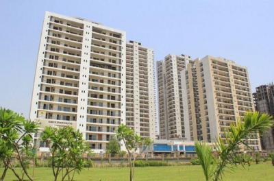 Gallery Cover Image of 1350 Sq.ft 2 BHK Apartment for buy in Aakriti Aakriti Shantiniketan, Sector 143B for 6800000
