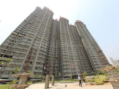 Gallery Cover Image of 1480 Sq.ft 3 BHK Apartment for buy in Mulund West for 32000000