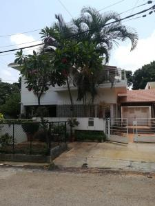 Gallery Cover Image of 2175 Sq.ft 3 BHK Independent House for buy in RR Nagar for 28000000