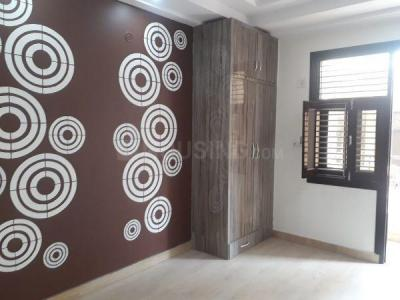 Gallery Cover Image of 1050 Sq.ft 3 BHK Apartment for buy in Bharat Vihar for 3900000