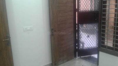 Gallery Cover Image of 500 Sq.ft 1 BHK Independent Floor for rent in Govindpuri for 8500
