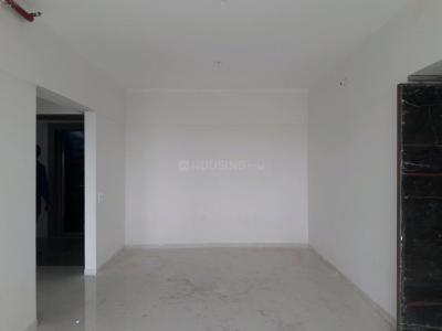 Gallery Cover Image of 1300 Sq.ft 3 BHK Apartment for buy in Malad West for 18600000