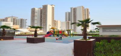 Gallery Cover Image of 1805 Sq.ft 3 BHK Apartment for buy in Spaze Privvy The Address, Sector 93 for 7300000