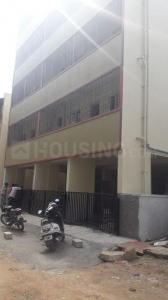 Gallery Cover Image of 950 Sq.ft 2 BHK Apartment for rent in Yemalur for 19000