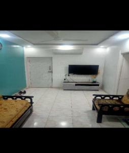 Gallery Cover Image of 630 Sq.ft 2 BHK Apartment for rent in Goregaon East for 30000