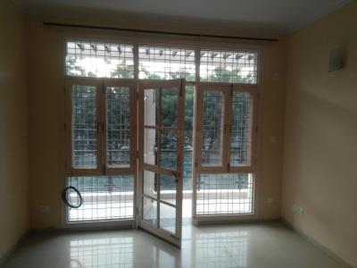 Gallery Cover Image of 2350 Sq.ft 3 BHK Independent Floor for rent in Sector 57 for 25000