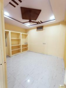Gallery Cover Image of 933 Sq.ft 2 BHK Apartment for buy in Peerzadiguda for 3300000