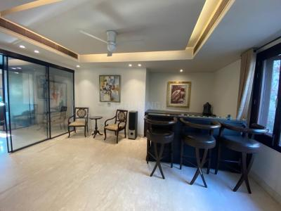 Gallery Cover Image of 4800 Sq.ft 4 BHK Independent Floor for rent in Maharani Bagh for 280000