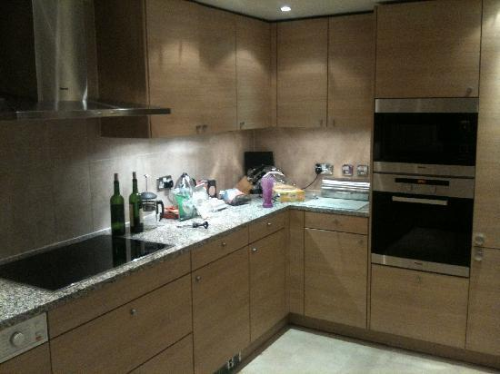 Kitchen Image of 1566 Sq.ft 3 BHK Apartment for rent in Ahinsa Khand for 25000