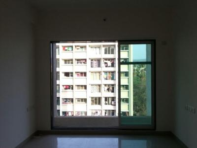 Gallery Cover Image of 900 Sq.ft 2 BHK Apartment for rent in Kandivali East for 27000