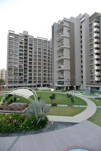 Gallery Cover Image of 2072 Sq.ft 3 BHK Apartment for rent in Scarlet Height, Jodhpur for 35000
