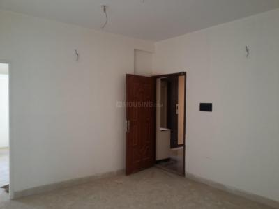 Gallery Cover Image of 720 Sq.ft 2 BHK Apartment for buy in Kolathur for 3960008