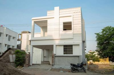 Gallery Cover Image of 1650 Sq.ft 3 BHK Independent House for buy in Perumbakkam for 8000000