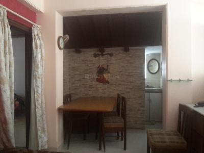 Gallery Cover Image of 800 Sq.ft 2 BHK Apartment for rent in Prabhadevi for 70000