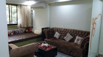 Gallery Cover Image of 750 Sq.ft 2 BHK Apartment for rent in Juhu for 60000