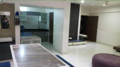 Gallery Cover Image of 1800 Sq.ft 3 BHK Apartment for rent in Jodhpur for 50000