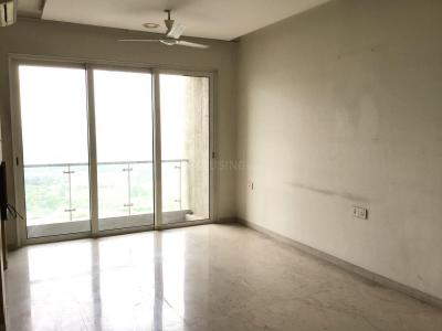 Gallery Cover Image of 840 Sq.ft 2 BHK Apartment for rent in Goregaon East for 65000