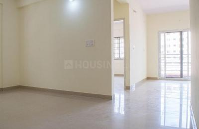 Gallery Cover Image of 960 Sq.ft 2 BHK Apartment for rent in Gaursons Gaur City 2 11th Avenue, Noida Extension for 8000