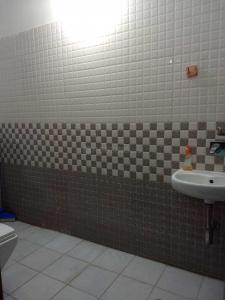 Bathroom Image of Only For Boys in Hinjewadi