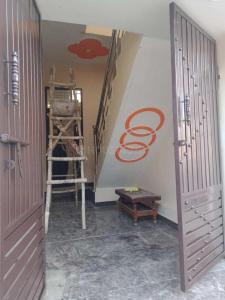 Gallery Cover Image of 648 Sq.ft 2 BHK Independent House for buy in Shastri Nagar for 2675000