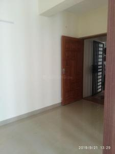 Gallery Cover Image of 850 Sq.ft 2 BHK Apartment for buy in Ambattur for 4500000
