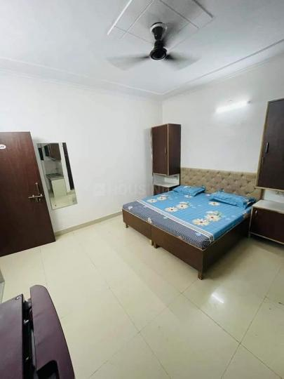Bedroom Image of PG 6121073 Dlf Phase 4 in DLF Phase 4