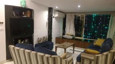 Gallery Cover Image of 1600 Sq.ft 2 BHK Apartment for rent in Dadar East for 115000
