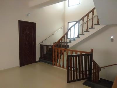 Gallery Cover Image of 5000 Sq.ft 5 BHK Independent House for rent in Velachery for 55000