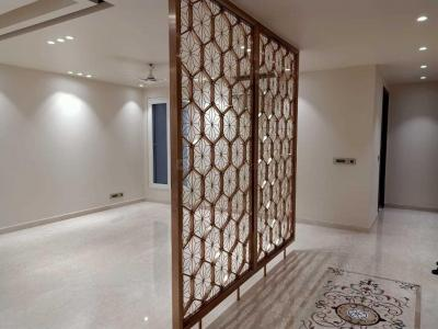 Gallery Cover Image of 2250 Sq.ft 3 BHK Independent Floor for buy in  Defence Colony, Defence Colony for 90000000