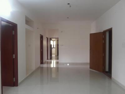 Gallery Cover Image of 1200 Sq.ft 3 BHK Apartment for rent in Nesapakkam for 20000