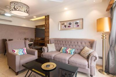 Gallery Cover Image of 700 Sq.ft 2 BHK Apartment for buy in Darvesh Grand, Khar West for 32500000