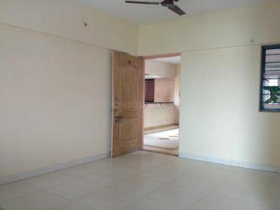 Gallery Cover Image of 1050 Sq.ft 2 BHK Apartment for rent in Magarpatta City for 22000