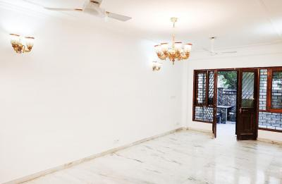 Gallery Cover Image of 2000 Sq.ft 3 BHK Independent House for rent in DLF Phase 2 for 50000