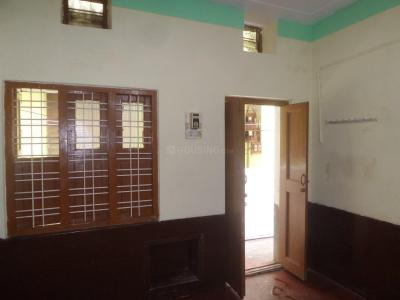 Gallery Cover Image of 350 Sq.ft 1 RK Apartment for rent in Rajajinagar for 6000