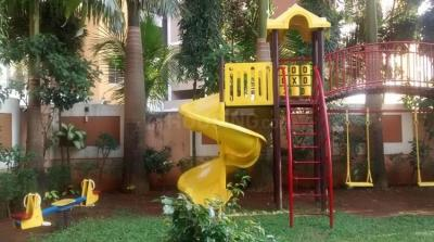 Gallery Cover Image of 1050 Sq.ft 2 BHK Apartment for buy in Malad West for 13000000