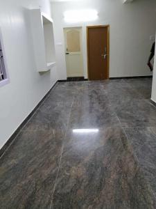 Gallery Cover Image of 900 Sq.ft 2 BHK Independent House for rent in Chromepet for 10000