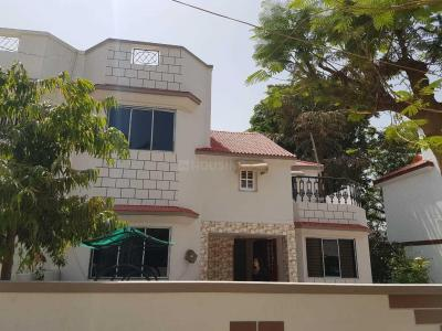 Gallery Cover Image of 2250 Sq.ft 3 BHK Villa for rent in Bopal for 25000