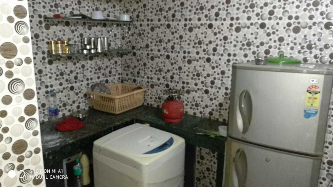 Kitchen Image of 500 Sq.ft 1 BHK Apartment for rent in Worli for 35000