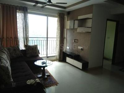 Gallery Cover Image of 1061 Sq.ft 2 BHK Apartment for buy in Rustomjee Urbania, Thane West for 11000000