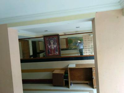 Gallery Cover Image of 365 Sq.ft 1 BHK Apartment for rent in Lower Parel for 35000