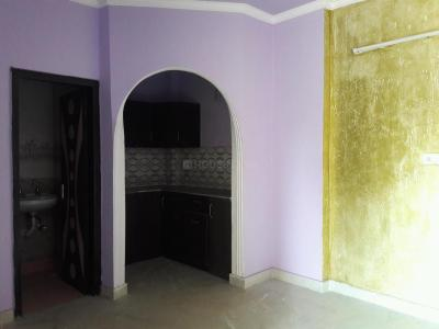 Gallery Cover Image of 300 Sq.ft 1 RK Independent Floor for rent in Hari Nagar Ashram for 7000
