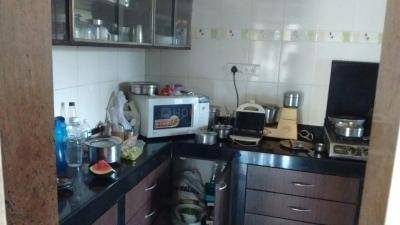 Gallery Cover Image of 800 Sq.ft 2 BHK Apartment for rent in Mulund West for 35000